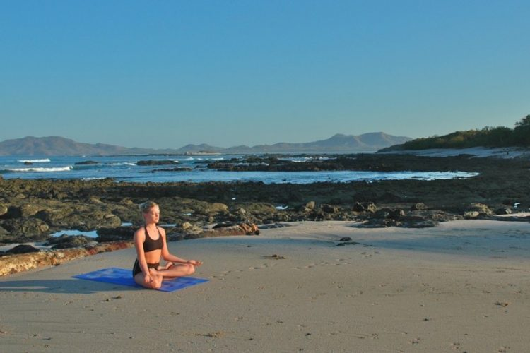 tamarindo-yoga cropped