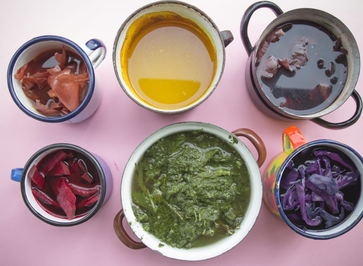 Making Natural Dyes with Fruits and Vegetables